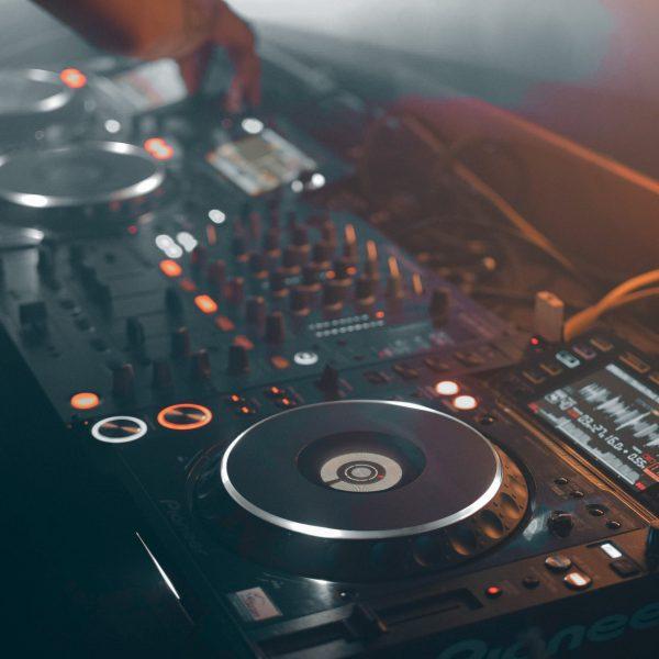 Music Production & DJ Gear