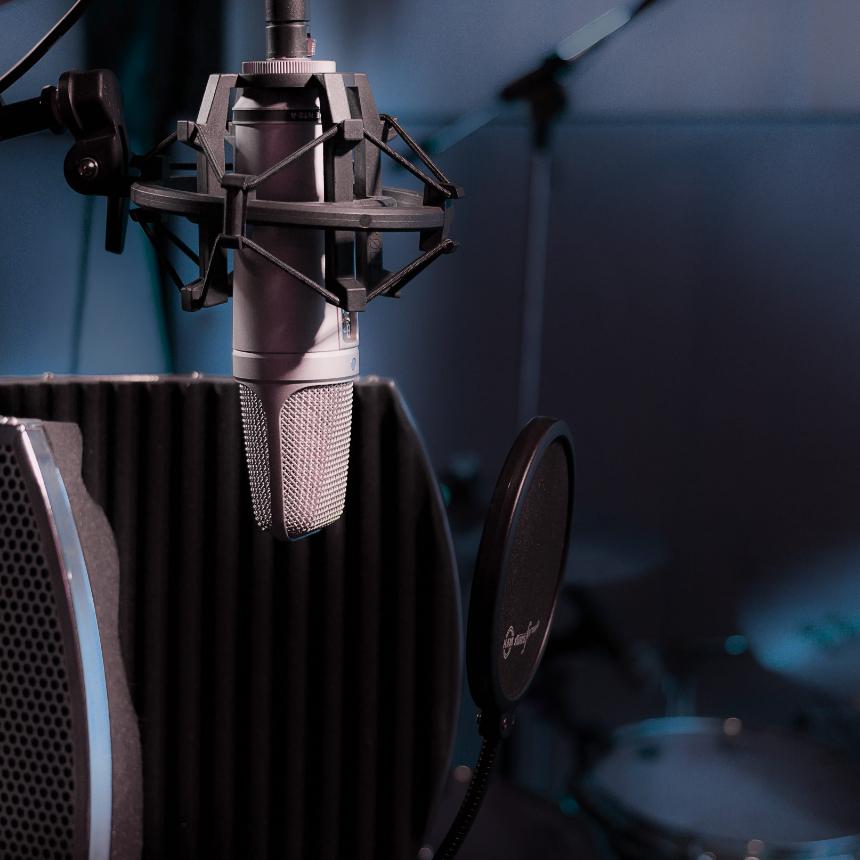Studio Recording & Podcasting